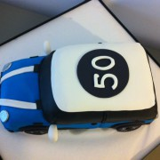 Tarta Mini 3D, Tarta coche 3D, tartas decoradas madrid, tartas fondant madrid, tartas personalizadas madrid, tartas cumpleaños,